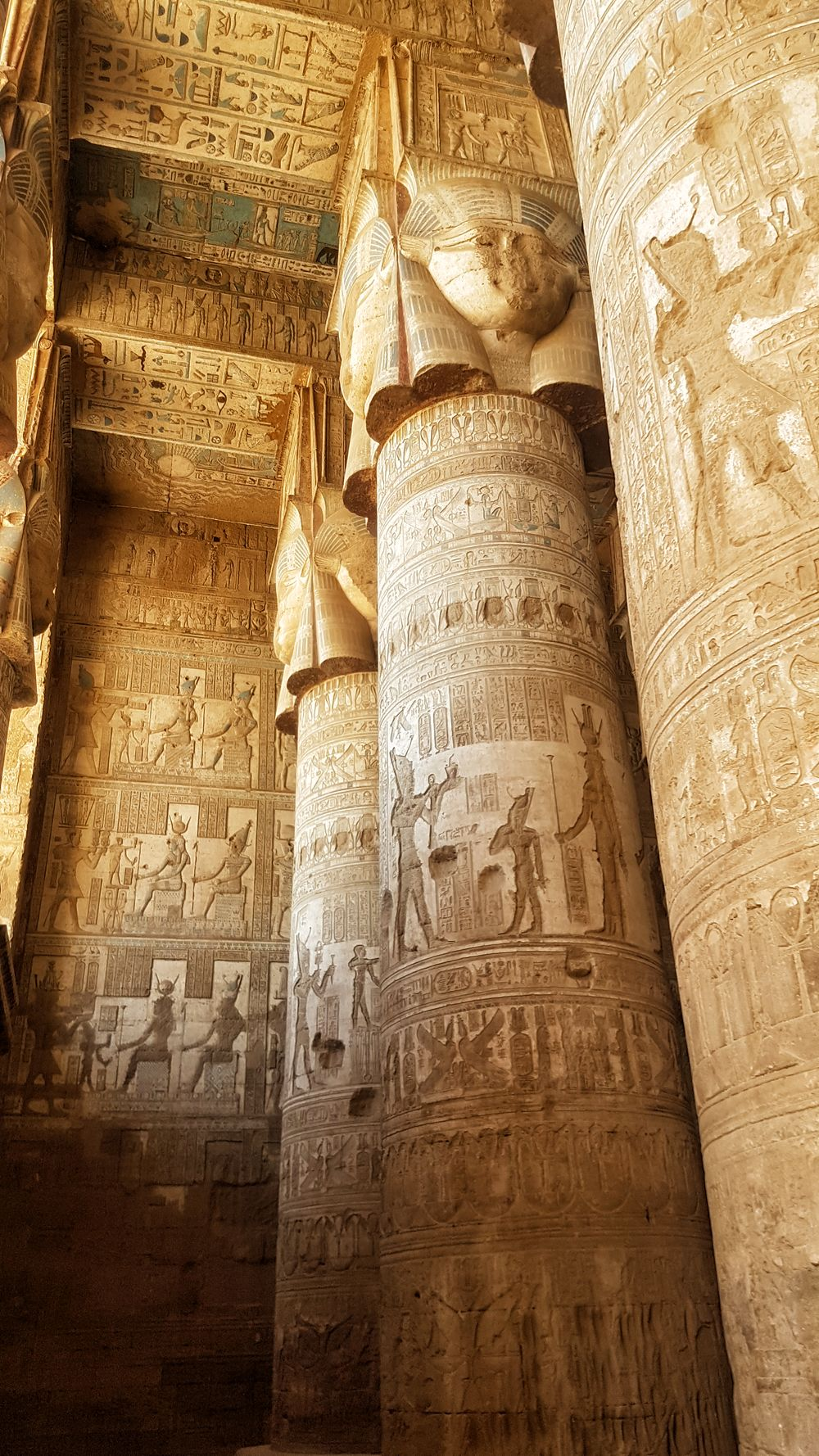 Temple of Hathor at Dendera 9