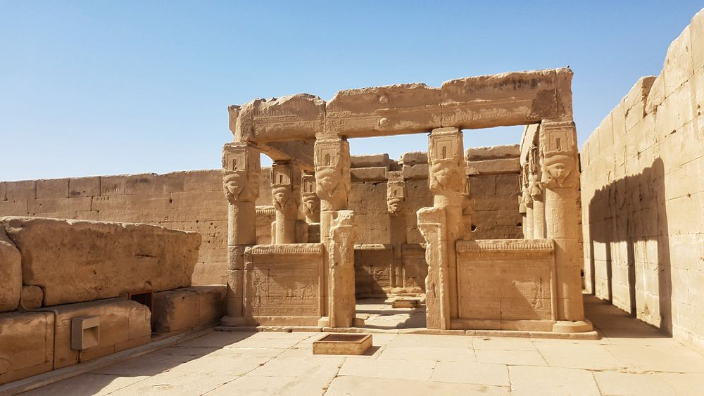 Temple of Hathor at Dendera 18